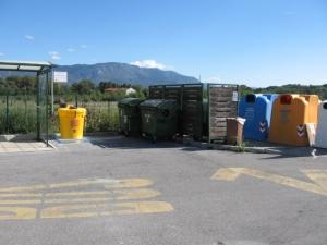 Postavitev Olivie 200L, Renče (ekološki otok pred šolo)